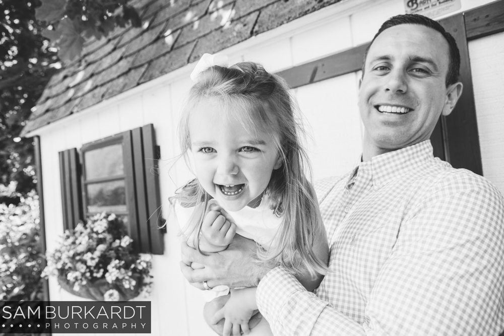 sburkardt_family_portraits_photoshoot_ridgefield_connecticut_summer_tea_party_007.jpg
