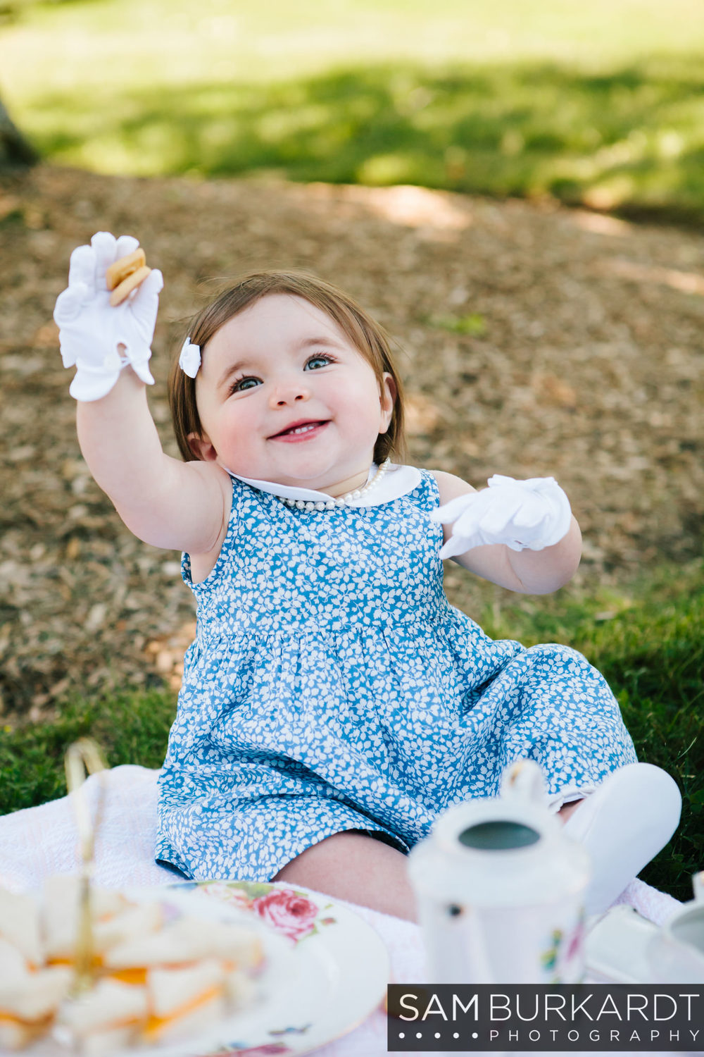 sburkardt_family_portraits_photoshoot_ridgefield_connecticut_summer_tea_party_012.jpg