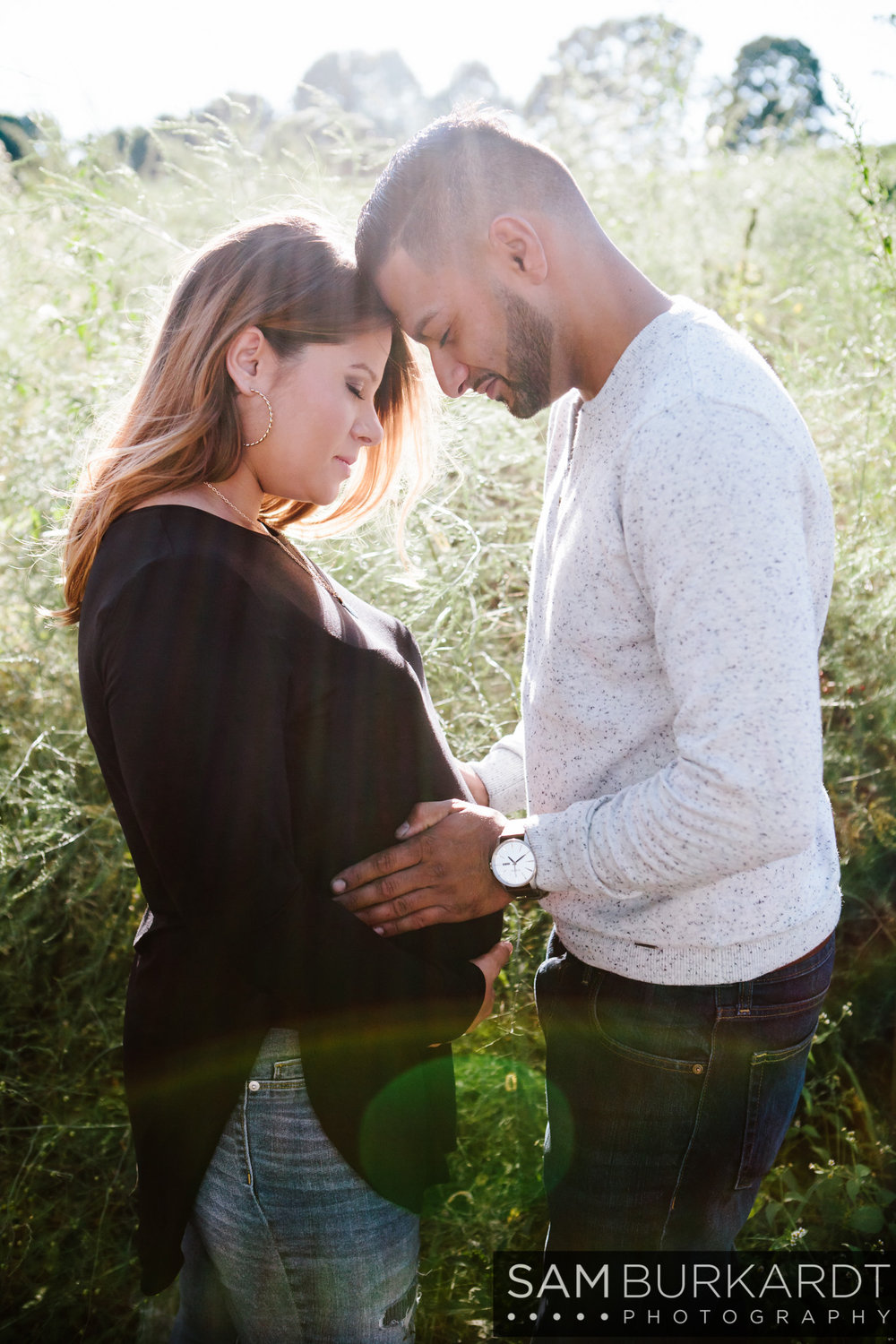 sburkardt_maternity_connecticut_fall_orchard_photography_012.jpg