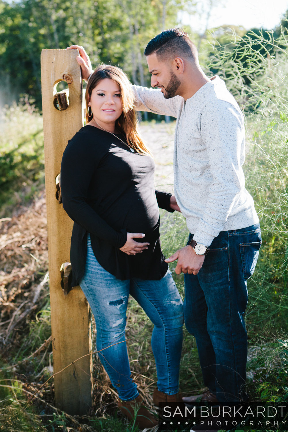 sburkardt_maternity_connecticut_fall_orchard_photography_017.jpg