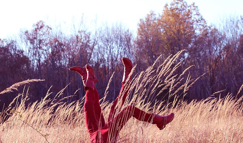 red legs4 med no copy.jpg