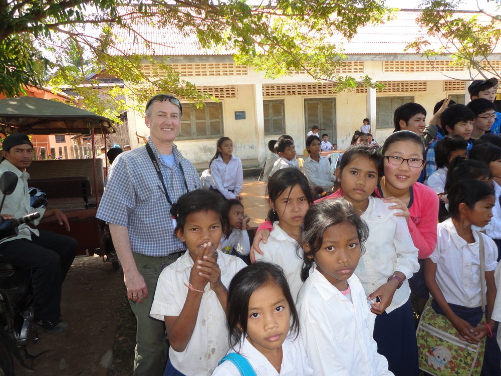 Korean students volunteer in Siem Reap, Cambodia