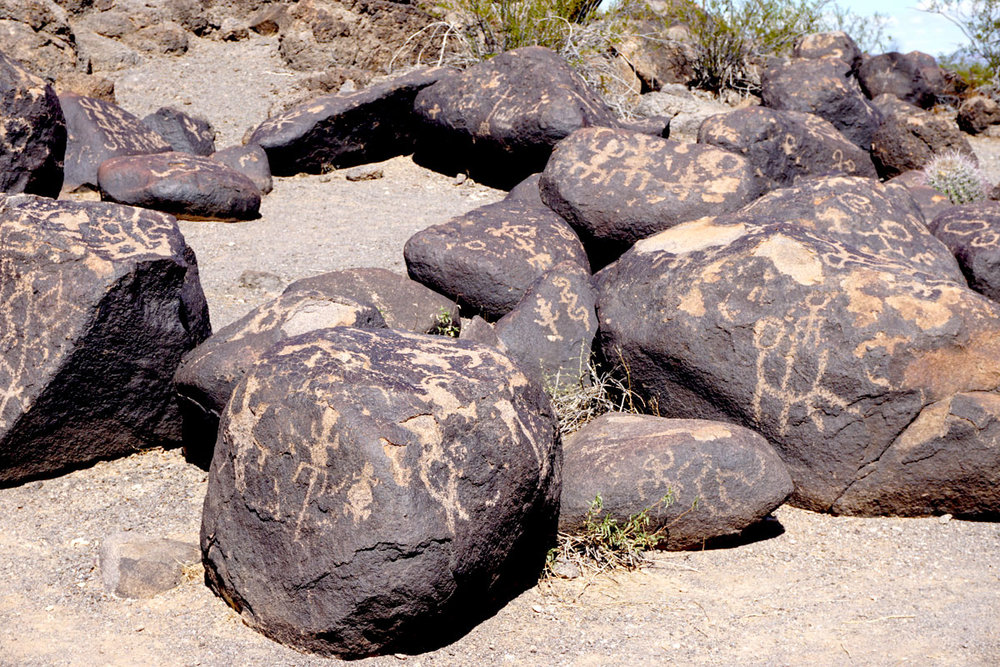 © 2018 Louise Levergneux, Painted Rock Petroglyph Site, Gila Bend