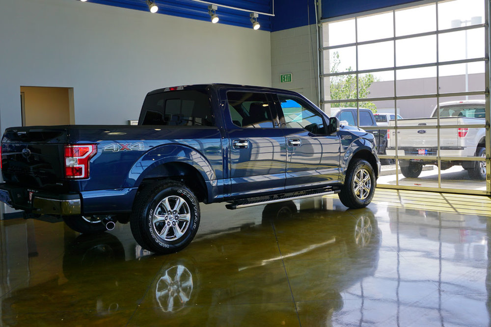 © 2018 Louise Levergneux. Our brand-new sexy F150 at the Henry Day Ford Dealership in Salt Lake City, Utah / Notre tout nouveau sexy F150 chez le concessionnaire Henry Day Ford à Salt Lake City, Utah