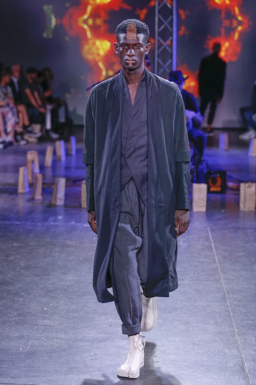 LOOK 10   ARC Noragi  / Grey   ARC Jacket 5  / Black Tropical Wool   ARC Ankara Pant  / Grey   ARC Apollo Tabi Boot