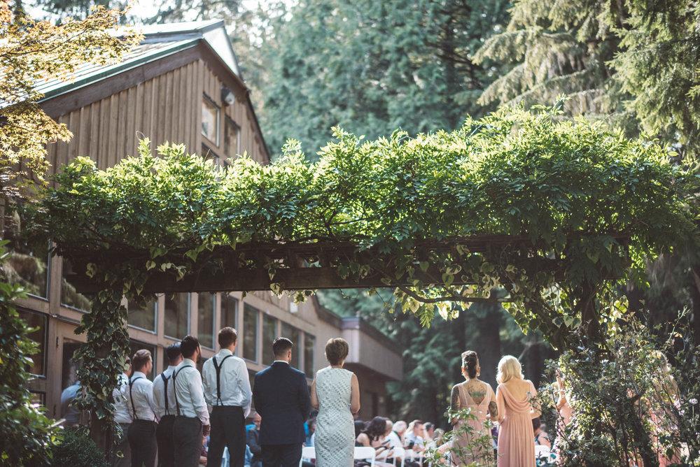em and luke pacific northwest west coast vancouver maple ridge whonnock lake fine art wedding photography jo and bo photography