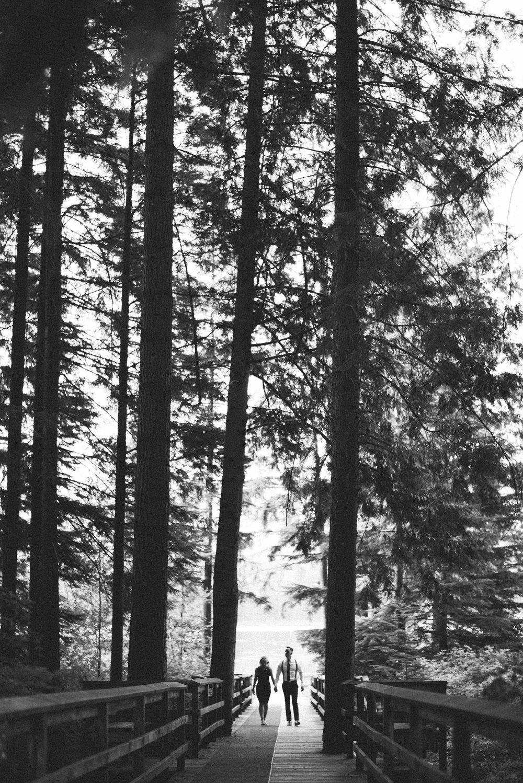 em and luke pacific northwest west coast vancouver maple ridge whonnock lake fine art wedding photographer jo and bo photography