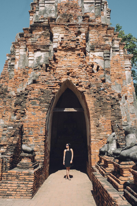 Adventure Thailand Travel Wedding Photographer (12).jpg