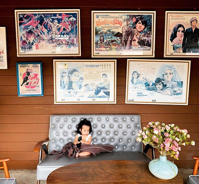เพลินวาน // . . . . . . #kirasirinda #37weeks #toohotinthailand #huahinvibes #subjectlight #vsco #vscocam #makeportraits #theoutbound #goexplore #exploremore #liveauthentic #livefolks #loveauthentic #wanderlust #westcoast #peoplescreative #visualsoflife #exploretocreate #justgoshoot #passionpassport #welltraveled #letsgosomewhere #babyofinstagram #travelersnotebook #littleadventurer #littleexplorer #retrovibes