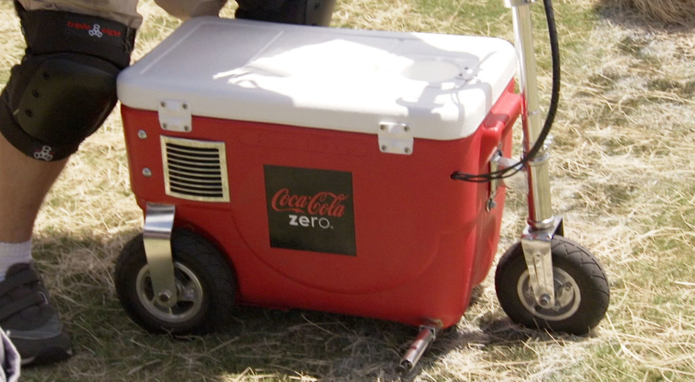 Cooler Racing 3.jpg