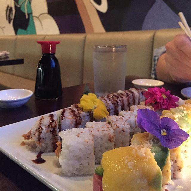 @sukebansushi rolls @bluestarartscomplex #southtown #sanantonio #sushi