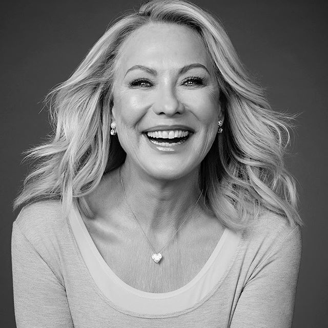 My portrait of Kerri Anne Kennerley 💃 . . . . . . . . . #tbt #blackandwhite #bnw #portrait #strongwomen #inspire #australianwomen #australia #logies #smile #entertainment #photoshoot #blackandwhitephotography #bw