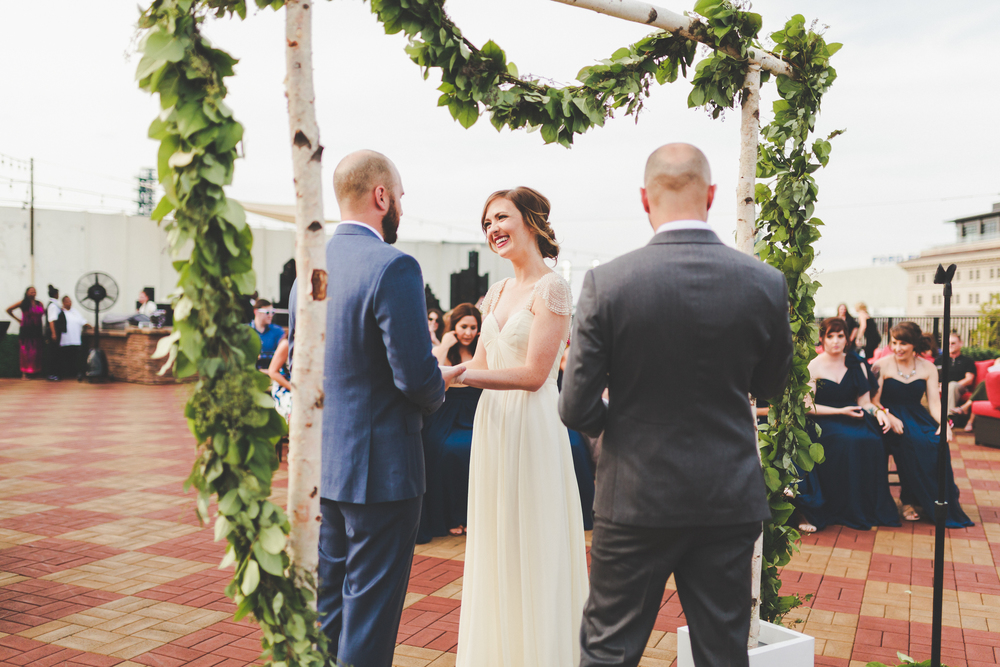 greg + kristin | detroit opera house rooftop wedding — amber marie