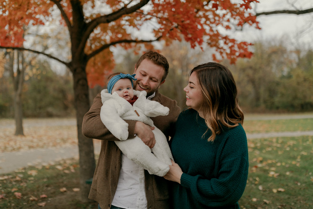 weissberg family - I have since taken Elara's one year photos but I can't help but share her cuteness over and over again. She was such a trooper through the cold wind this past fall. I just love this family so much.