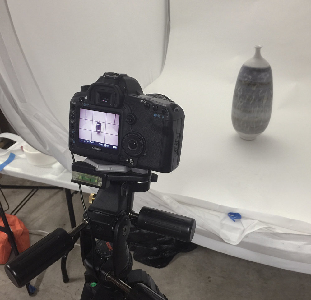 Object photography using strobes and light boxes