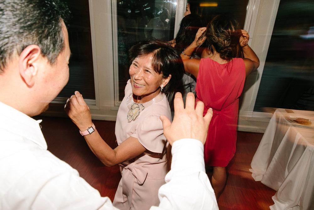 Simone-Anne-Rachel-David-Elliston-Vineyards-Wedding-870.jpg
