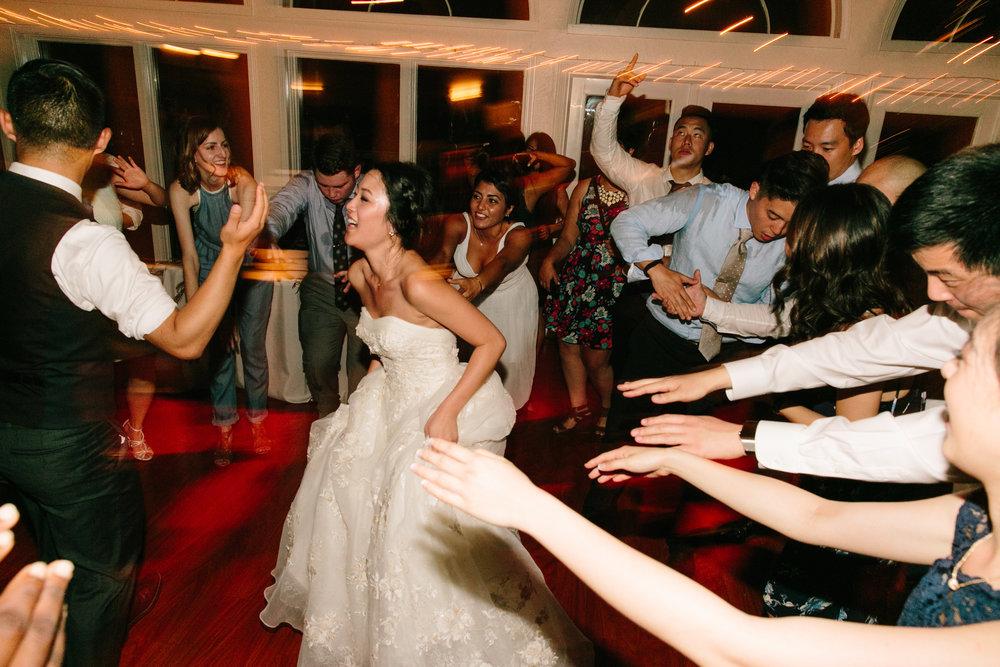 Simone-Anne-Rachel-David-Elliston-Vineyards-Wedding-1031.jpg