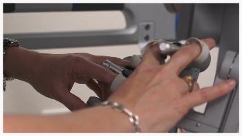 DaVinci Robot hands.jpg