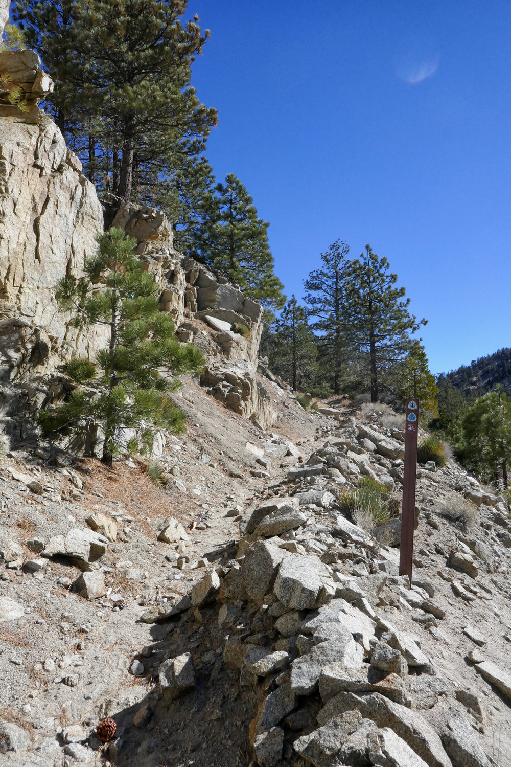 Crossing over Angeles Crest to continue along the PCT/Silver Moccasin Trail.