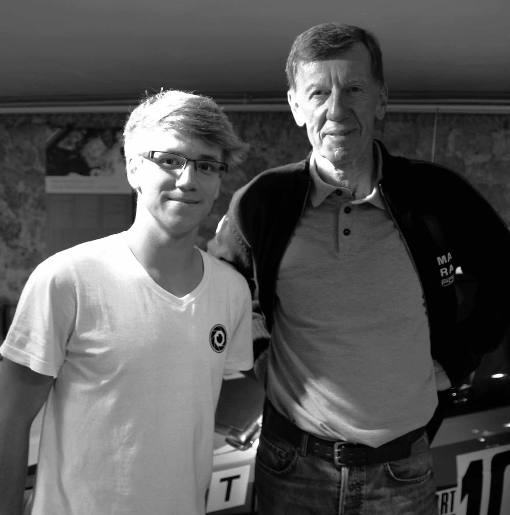 Benedikt Groß mit Rallylegende Walther Röhrl.