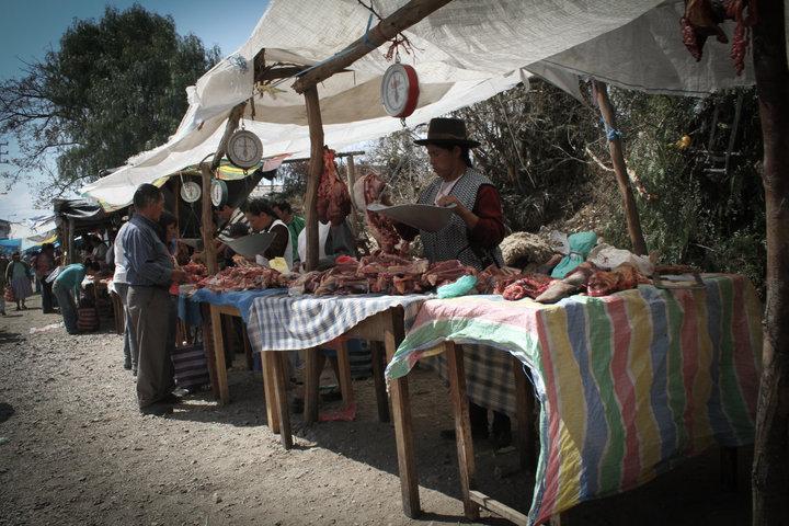 Peru_Fotografie_Markt_Farbig.jpg