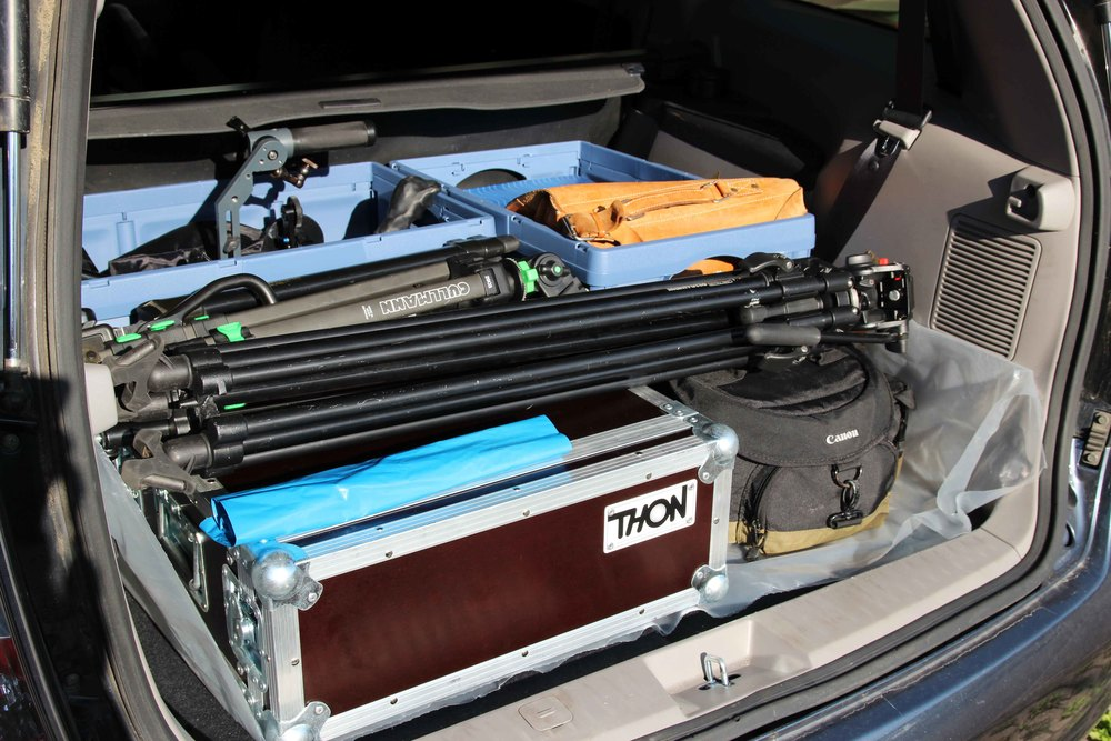 All of the equipment is in the trunk, it's 6 o'clock in the morning and we're ready to go!