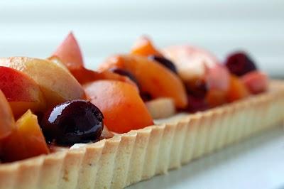 DSC_4286_Roasted+Stone+Fruit+Tart.jpg