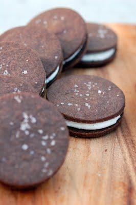 DSC_8690_Chocolate+Cream+Sandwwich+Cookies.jpg