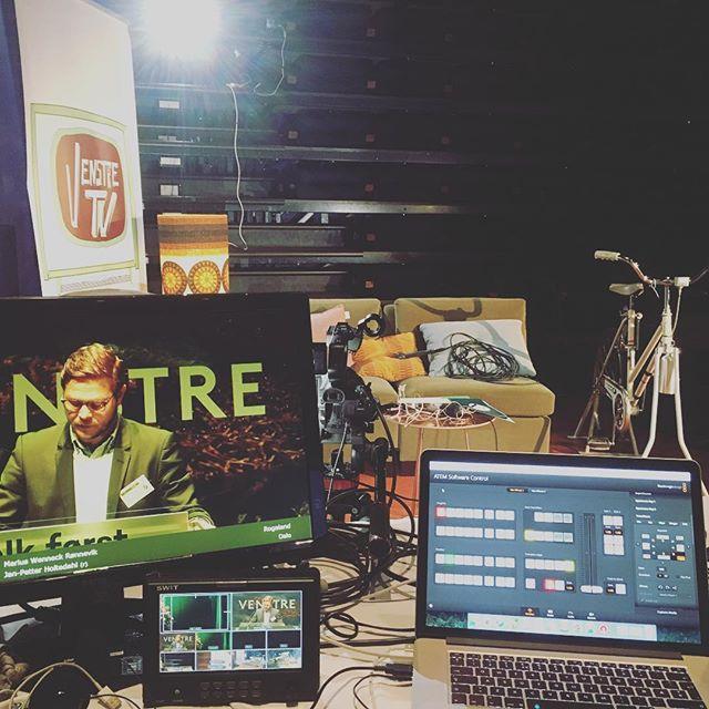 Streamer landsmøtet til Venstre og produserer VenstreTV i pausen. Moro!