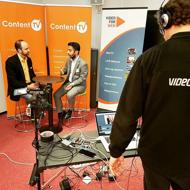 Klar for dag 2 av #contentmarketing på vika atrium #intervju #studio #konferanse