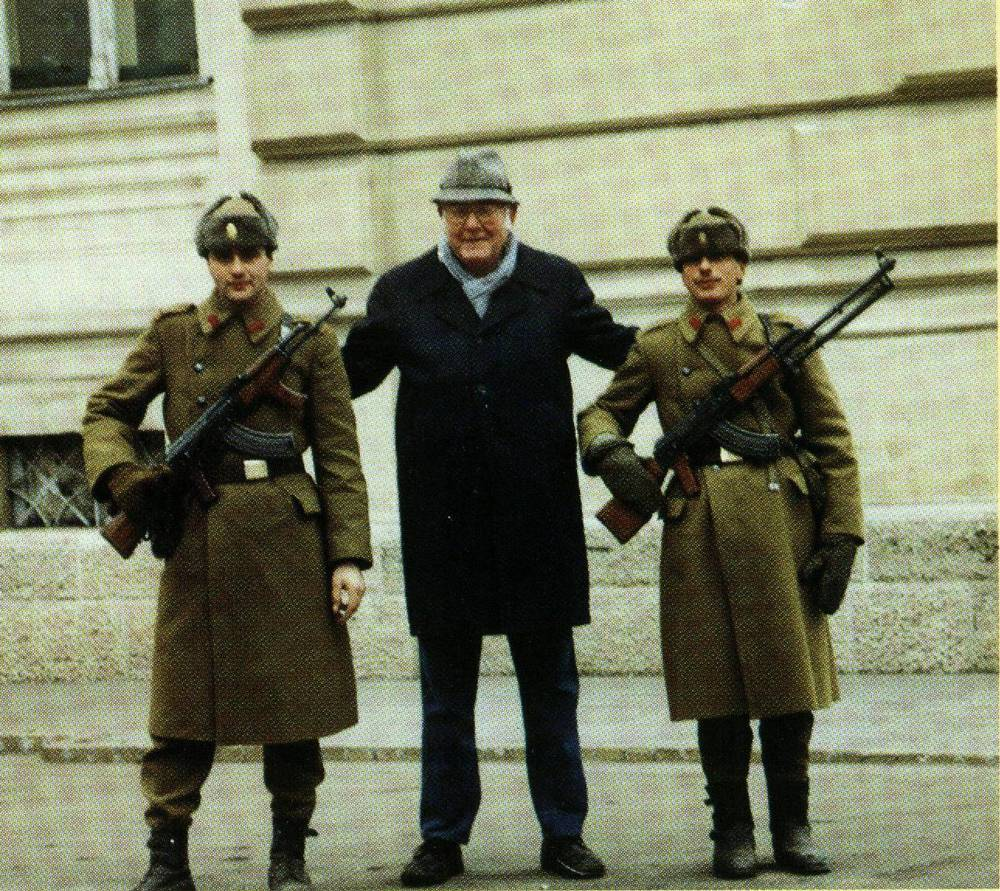 Gene Dulin with Romanian Soldiers after Revolution - 1990.jpg