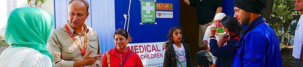 Jozsef Steiner working with Refugees.jpg