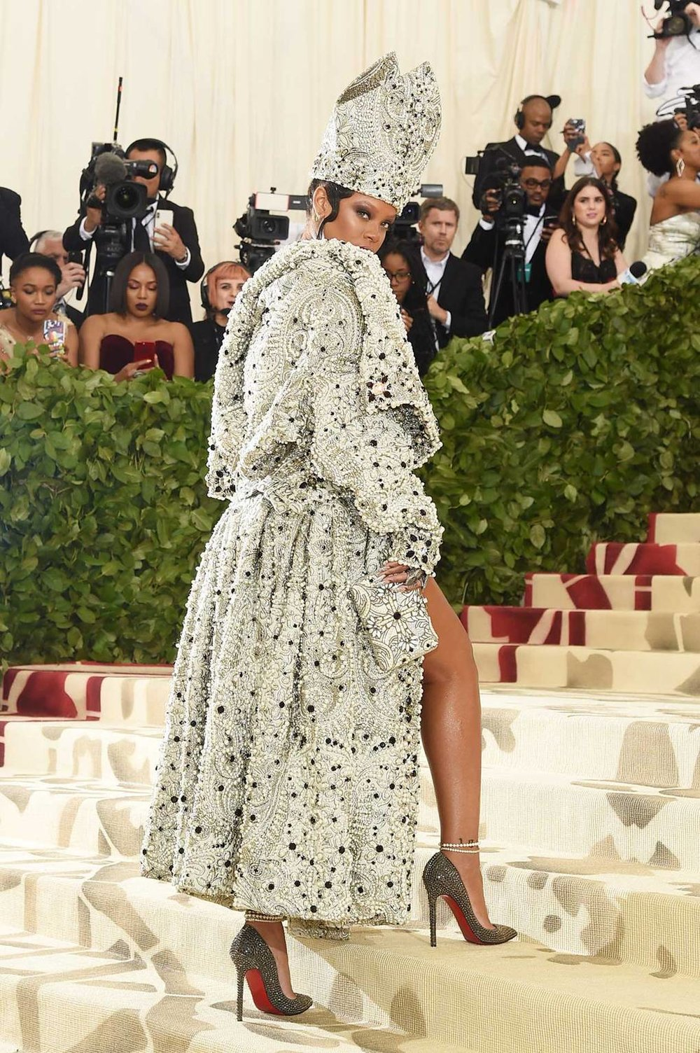 RihannaJohnGalliano.jpg