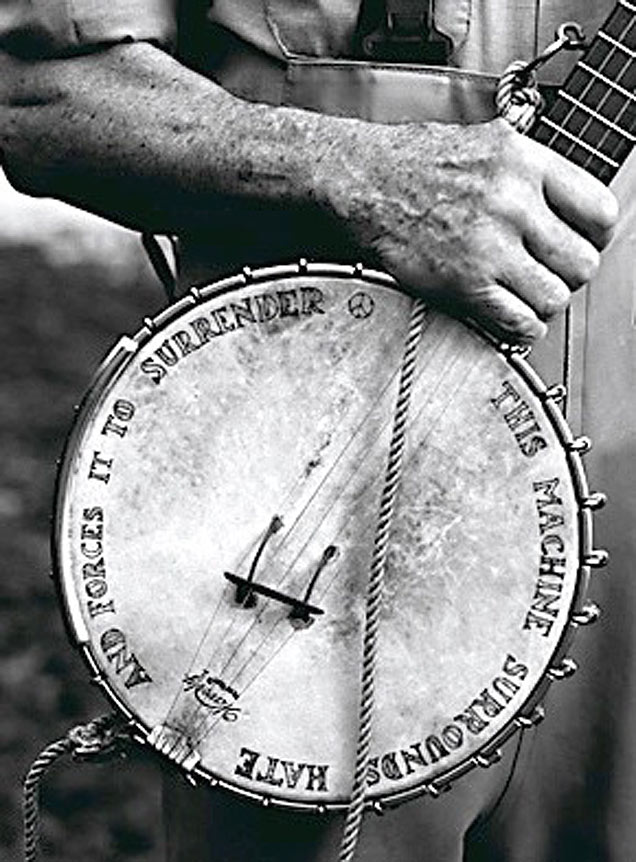 Pete Seeger was an American giant, a hero. A creative soul determined to share life with others can change the world. Imagine if others joined in.