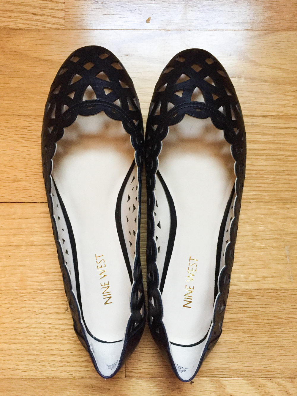Item 1: Nine West Mazzota Cut-Out Flats