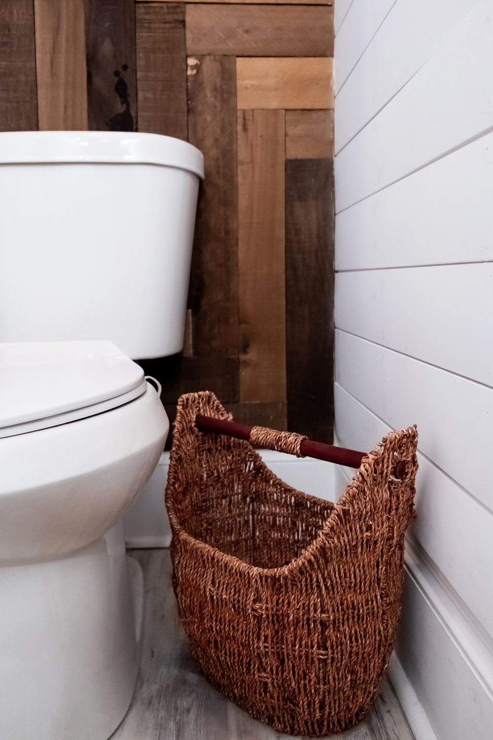 seagrass toilet paper holder