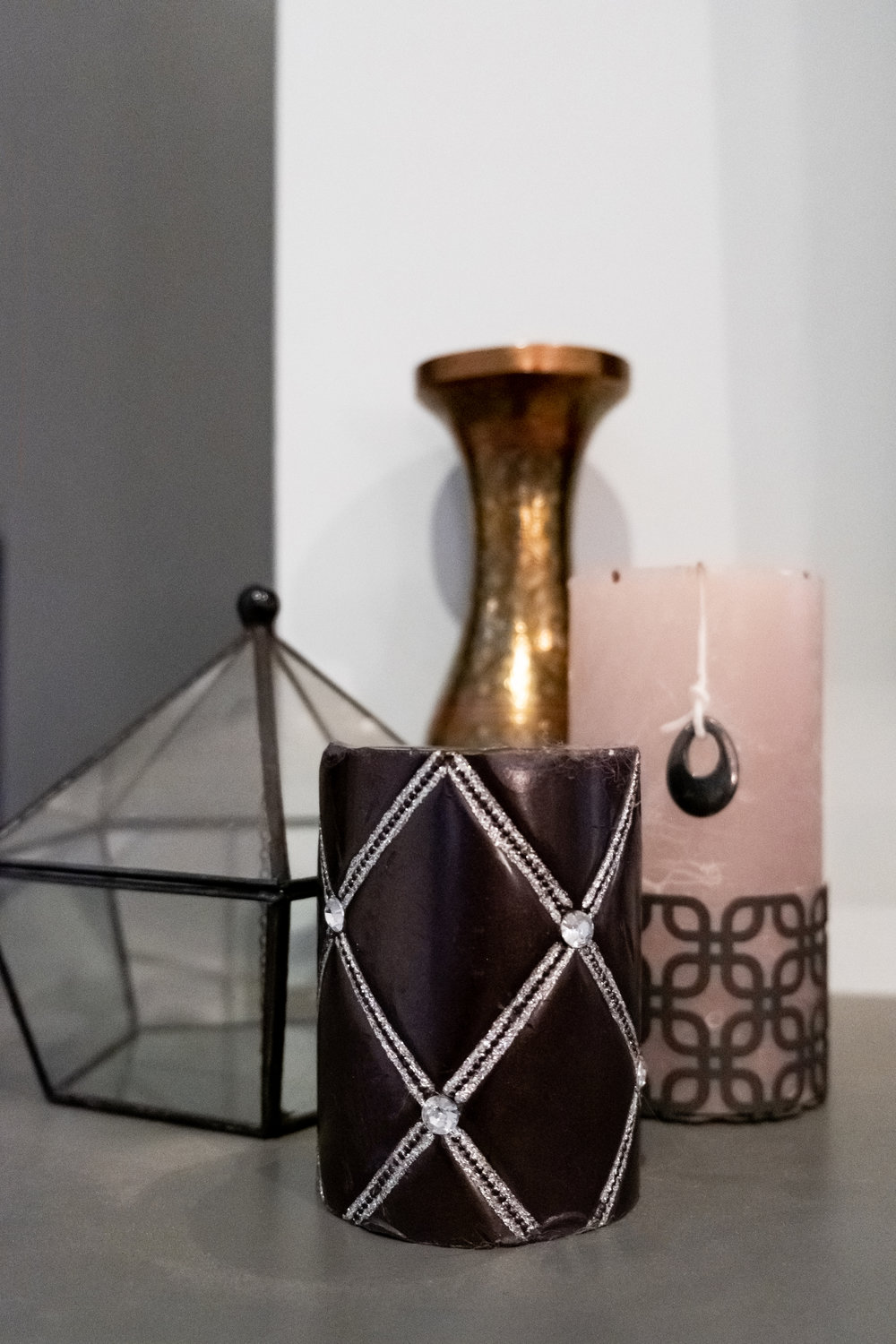 candles, home decor, geometric, metal, glass, glam, vignette