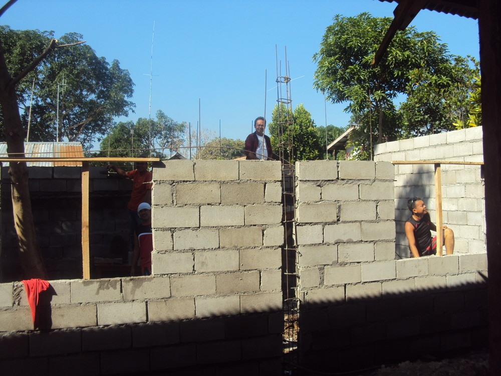 NUH construct - building walls.jpg