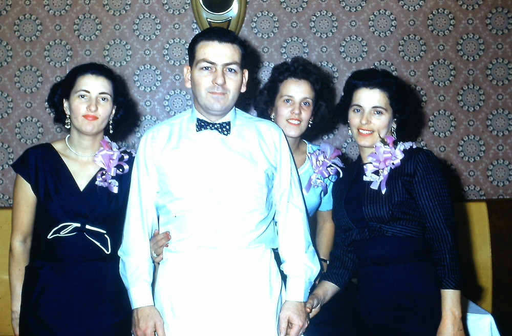 Buddy & ladies 1959.JPG