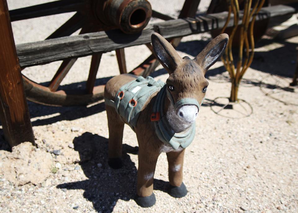 concrete-statuary-donkey.jpg