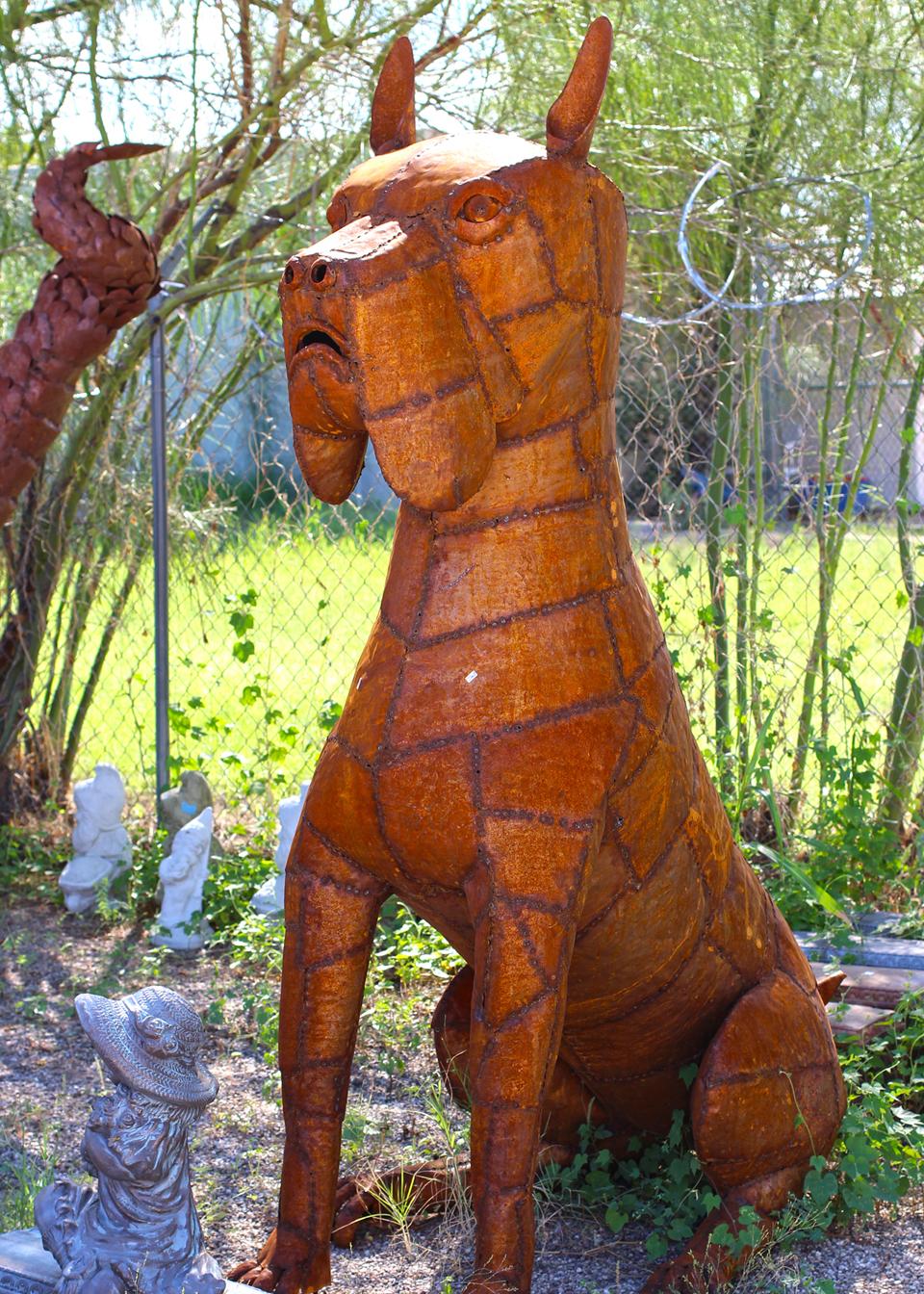 metal-statuary-dog-1.jpg