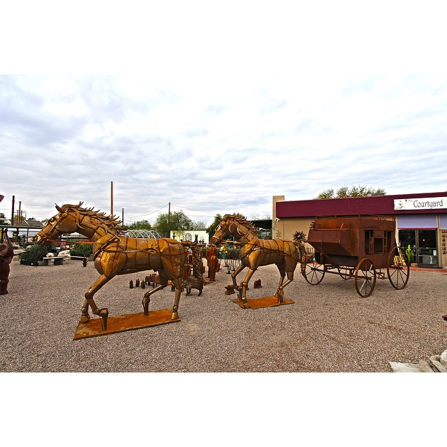 These incredible life sized horse and stage coach metal sculptures are my all time favorite pieces up for sale. #Buylocal #instagramaz #whyaz  #locallyowned  #az365 #instaaz #igerstucson #tucson #pottery #metal #art #sculpture #fountain #landscaping #decore #talavera #tucson #greenvalley #orovalley #igersaz #arizona #picoftheday