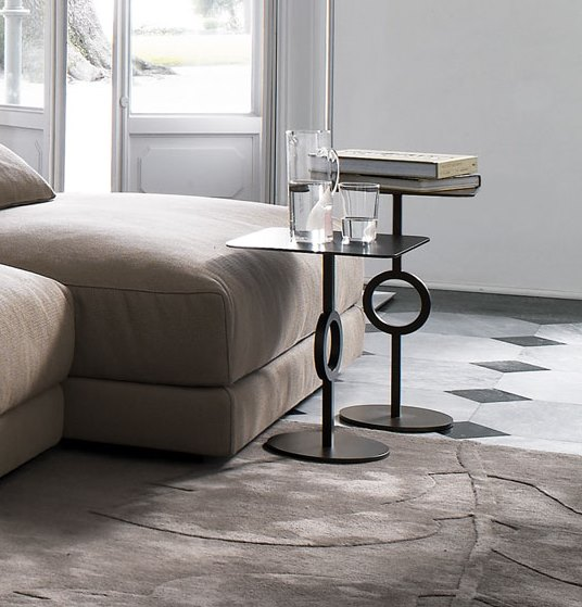 CIAO side table    Available in bronze and matte black  finishes
