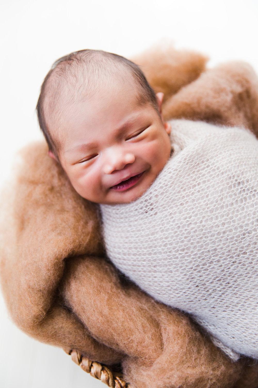 KomorebiPhotography-BenjaminCariaga-Newborn-4.jpg