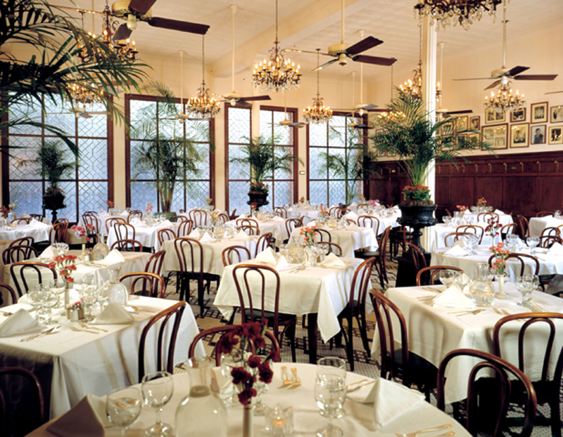 New-Orleans-Historic-restaurant-Arnauds-main-dining-room.jpg