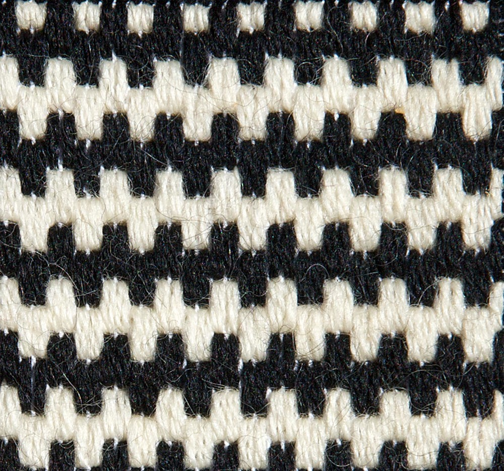 Stitch 64 - Algerian Filling Stitch