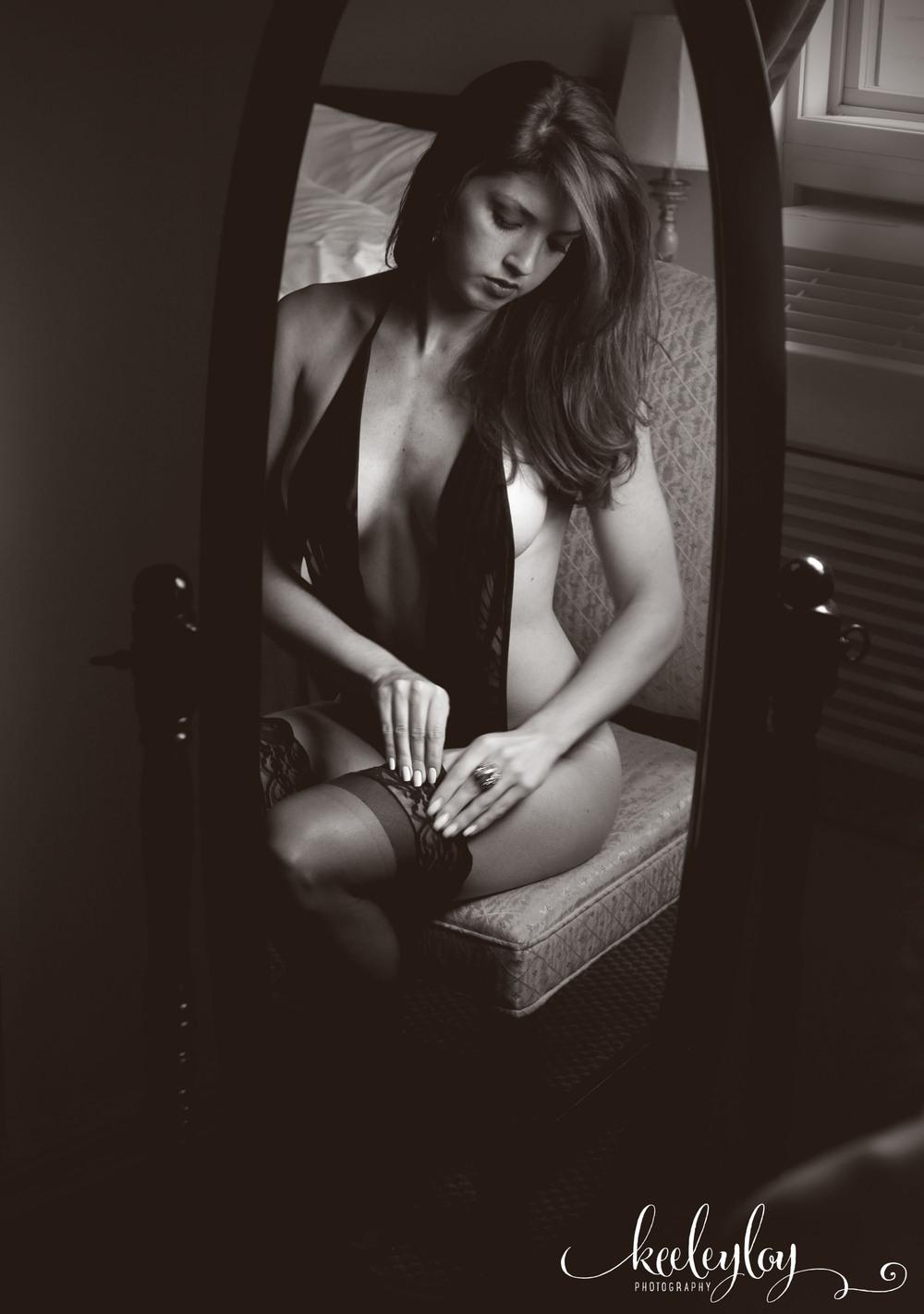 Bethany Boudoir_051.jpg