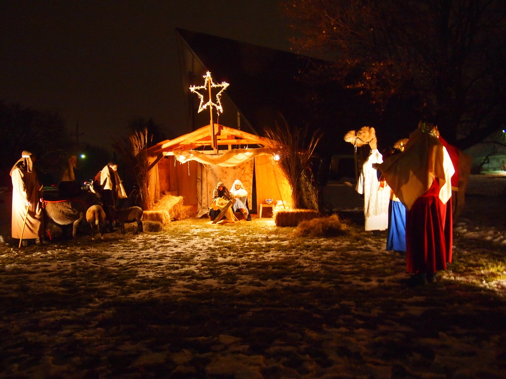 Presbyterian-Church-of-Paltine-Live-Nativity-2013-8.JPG