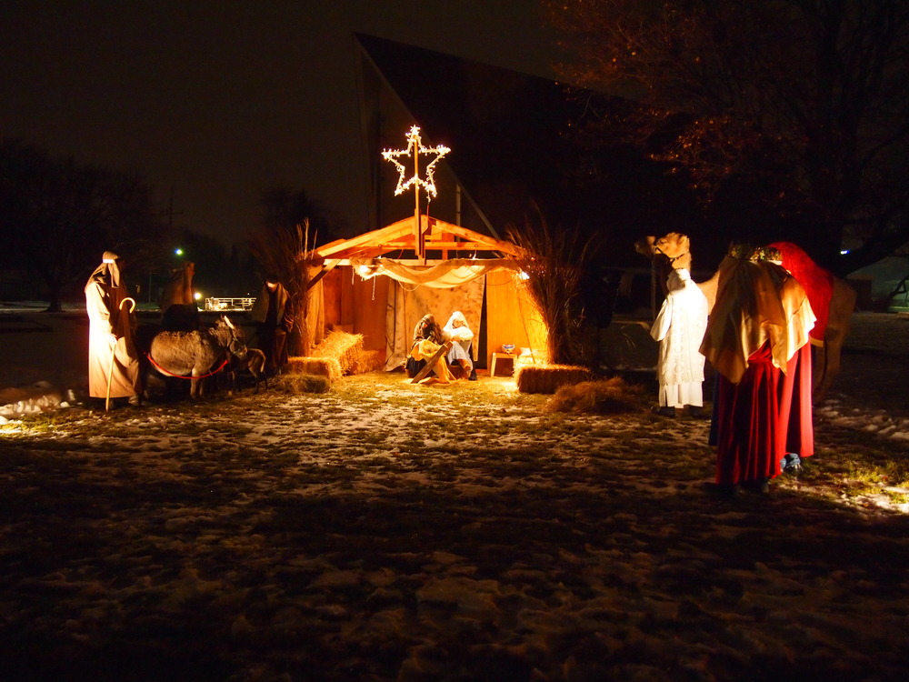 Presbyterian-Church-of-Paltine-Live-Nativity-2013-10.JPG
