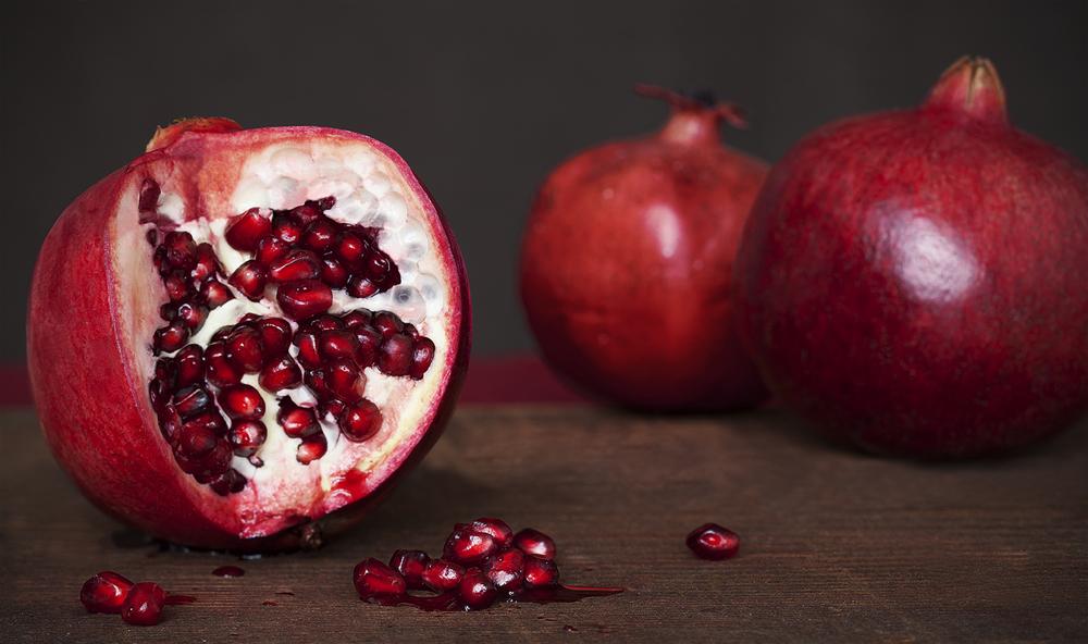 Pomegranates2_2012-11.jpg